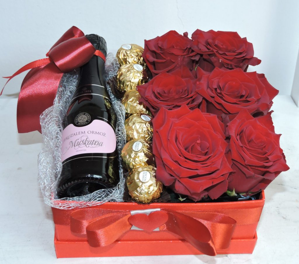 buket-cvijece-cokolada-vino-dan-zena